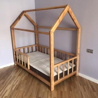 Ліжечко будиночок з вільхи