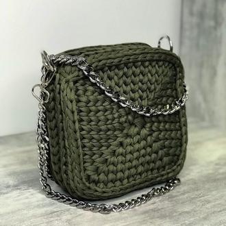 Квадратна сумка кроссбоди