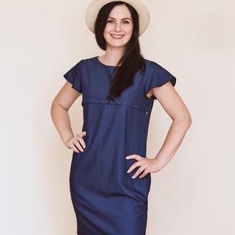 Платье джинсовое синего цвета.
