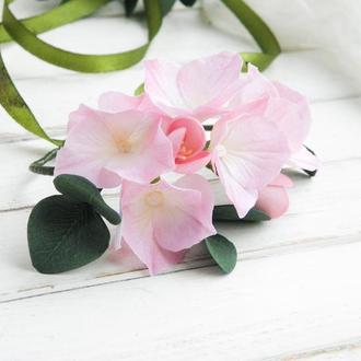 Браслет с цветами гортензии / Цветочный браслет на руку / Бутоньерка на руку невесте