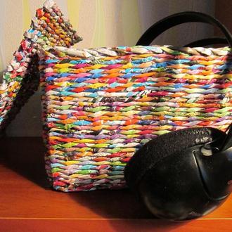 Плетеный коробок с крышкой