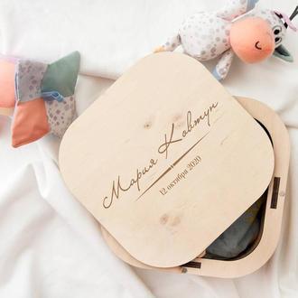 Именная коробка из дерева мамины сокровища, шкатулка для новорожденных