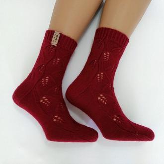 Женские вязаные носки из специальной носочной пряжи