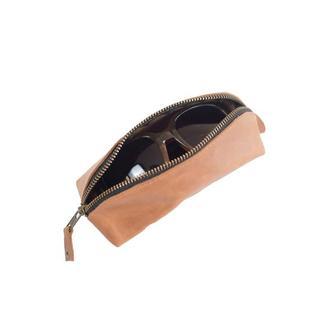 Кожаный чехол для очков треугольной формы. 02008/коньяк