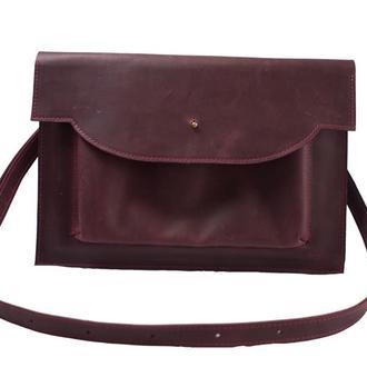 Кожаный чехол для Macbook с ремешком. 03010/бордо