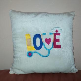 Подушка подарок врачу LOVE