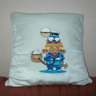 Подушка подарок врачу