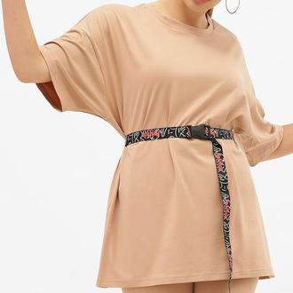 Длинная женская футболка оверсайз в разных цветах из трикотажа