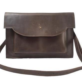 Кожаный чехол для Macbook с ремешком. 03010/коричневый