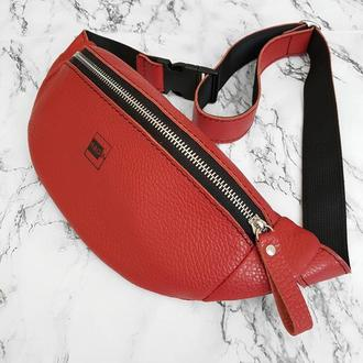 Поясна сумка . Стильная кожаная бананка . Небольшая поясная сумка . Сумка на пояс .