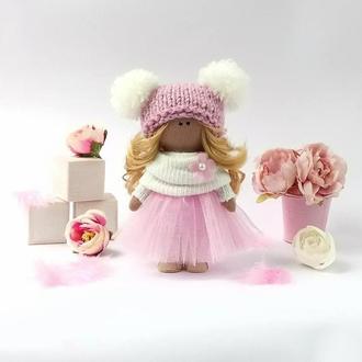 Кукла интерьерная текстильная в шапочке