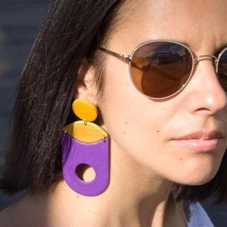 Фиолетово-золовые серьги в геометрическом стиле