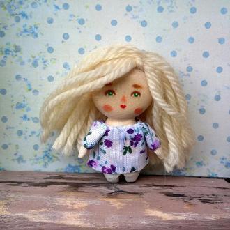 Крошечная деревянная куколка /4.5 см/