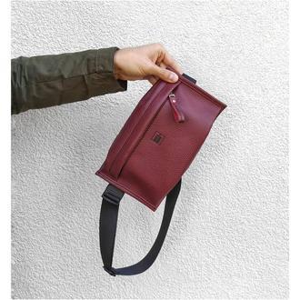 Поясна сумка . Стильная поясная сумка . Кожаная бананка . Мини сумка на пояс .