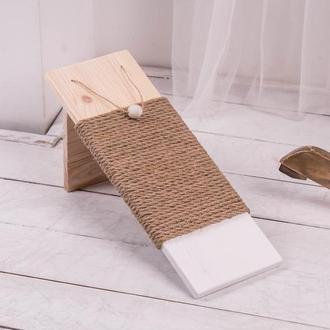Когтеточка (дряпка) Pets Lounge Angle White 45х15х15 см