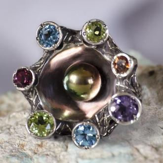 Серебрянное кольцо с жемчужиной и натуральными камнями, массивное яркое кольцо с жемчугом.