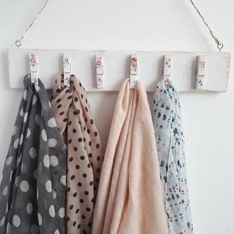 Вешалка для шарфов