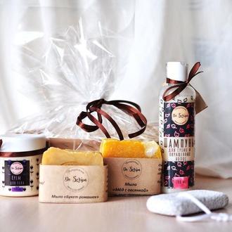 """Подарочный набор Шампунь Крем для тела Натуральное мыло """"Мед с овсянкой"""", """"Букет ромашек"""" Do scripa"""