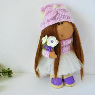 Кукла интерьерная в шапочке с бантиком