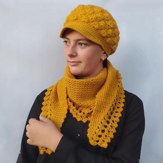 Кепка вязаная и шарф. Комплект зимний. Берет женский с козырьком