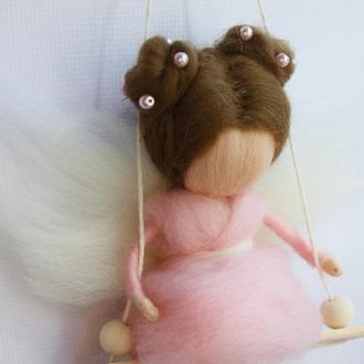 Сувенир кукла подвеска Фея с шерсти