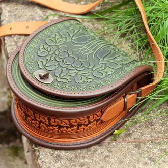 Кожаная этно сумка через плечо полукруглая с орнаментом тиснение Калина