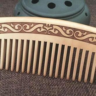 Гребень для волос резной деревянный персик