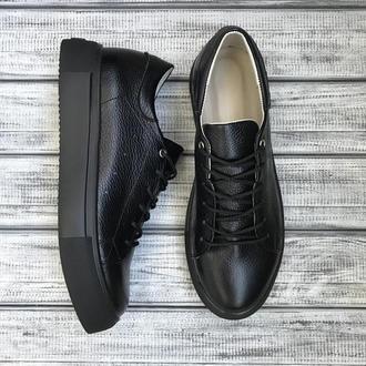 Чёрные кожаные кеды