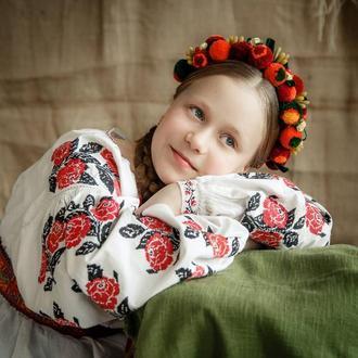 Плетений віночок з ліліями