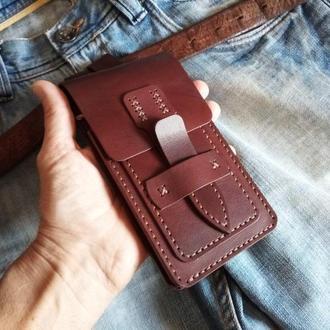 Кожаный чехол для телефона.