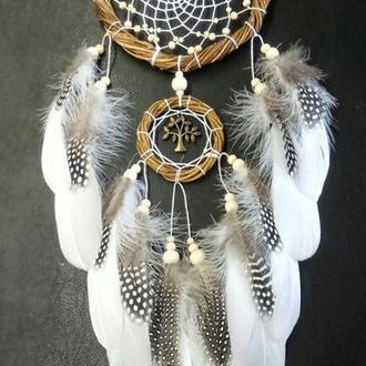 Ловец снов из ивы перо цесарки, натуральные материалы.