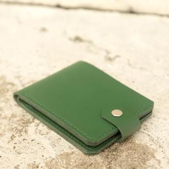 Кошелек на кнопке из кожи (green)