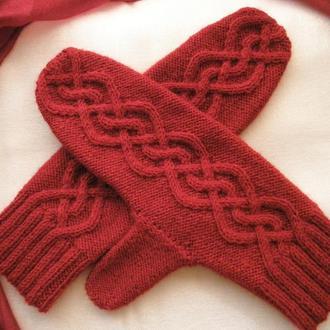 Варежки красные из полушерсти. Размер S-M