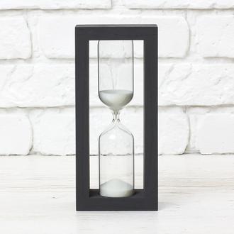 Часы песочные черные - белый песок