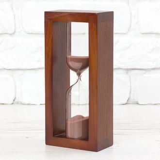 Часы песочные вишня - коричневый песок