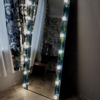 Зеркало с подсветкой голубое
