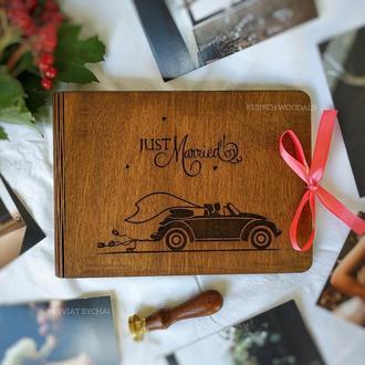Фотоальбом из дерева - подарок на свадьбу | свадебный фотоальбом из дерева Just Married