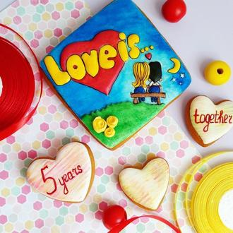 Набор пряников LOVE IS