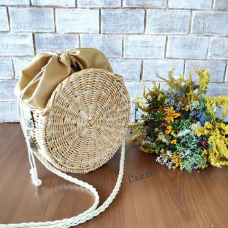 Плетеная сумка-таблетка