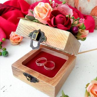 Скринька для обручок на весілля