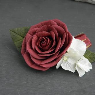 Заколка с бордовой розой и гортензией / Заколка с цветами свадебная / Гребень для волос