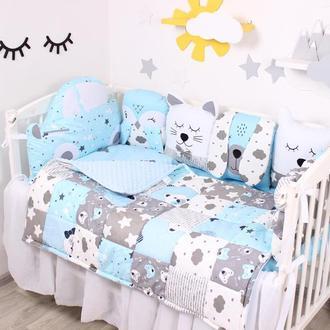 Комплект в кроватку с подушками-игрушками в голубых тонах САТИН