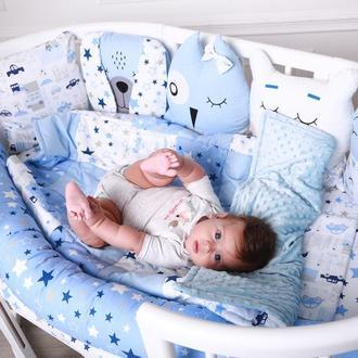 Комплект в кроватку в Голубом цвете с бортиком валиком