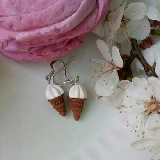 """Серьги """"Ванильное мороженое"""" из полимерной глины"""