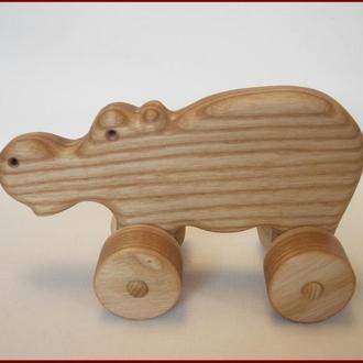 Деревянная игрушка «Бегемот».
