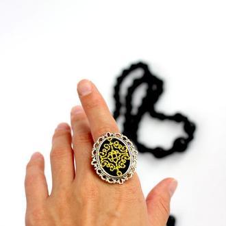 Кольцо с вышивкой