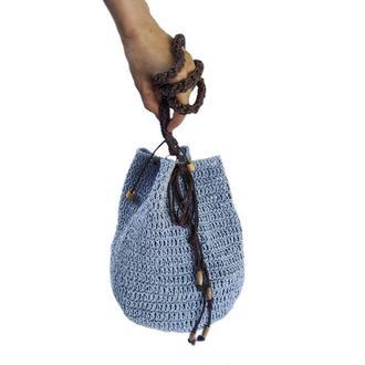 Сумка-торба из рафии на затяжках
