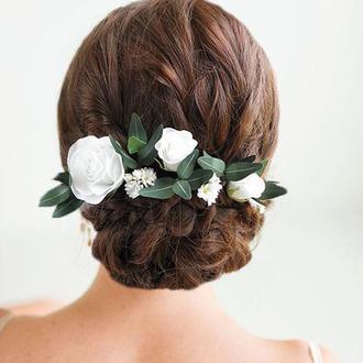Свадебные шпильки для волос с белыми цветами / Шпильки с розами и эвкалиптом
