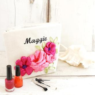 Іменна косметичка,іменна сумка,косметичка з ім'ям,вишивка стрічками,косметички