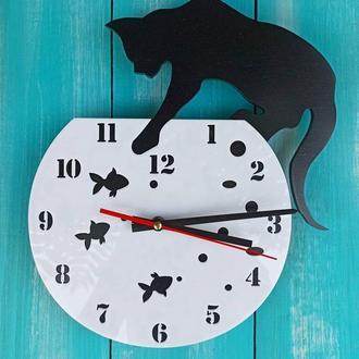 """Настенные часы """"Кот на аквариуме"""", часы с котом, деревянные часы"""